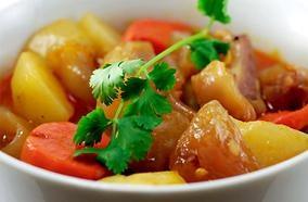 Đa năng giúp bạn chuẩn bị bữa ăn dễ dàng hơn