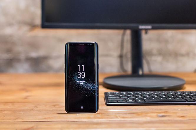 Samsung Galaxy S8 Thành Máy Tính Để Bàn Với Phụ Kiện Đi Kèm