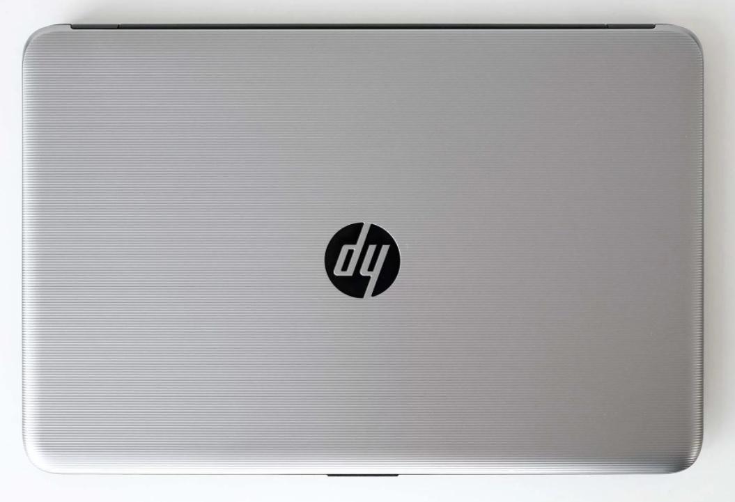 Đánh giá Laptop HP 15-ay073TU giành cho học sinh, sinh viên