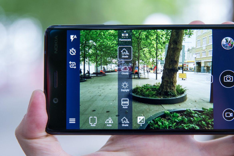 Đánh Giá Điện Thoại Nokia 8 - Huyền Thoại Trở Lại