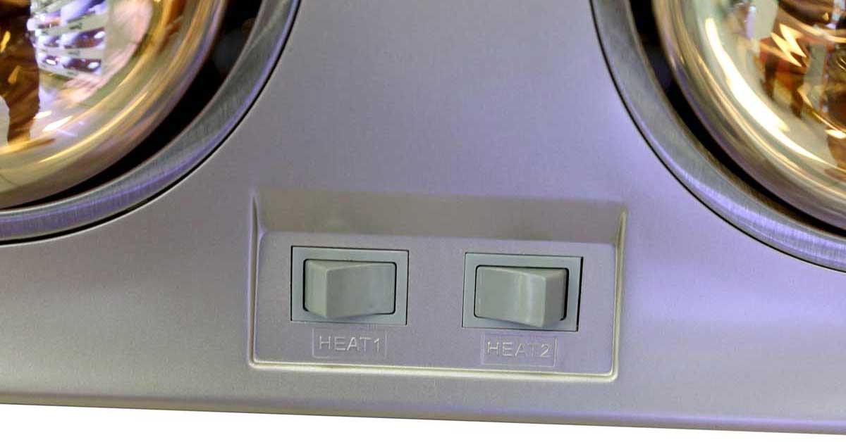 Đèn sưởi nhà tắm mỗi bóng đều có 2 công tắc