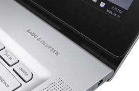 Bàn phím và touch pad thoải mái